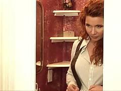 Redhead girl NicaNoelle masturbates in the bath tub in this great video clip