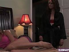 Nicole Ray and Veronica Snow Sucking Each Others Pussies